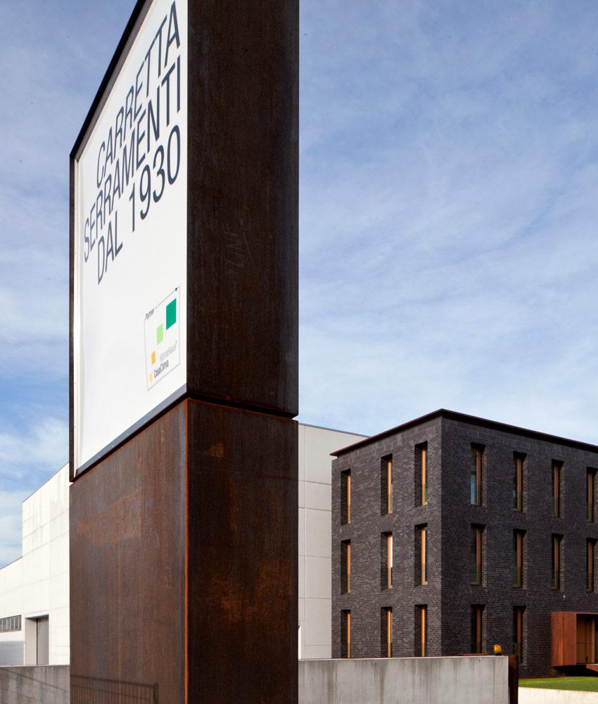 Carretta Serramenti produzione finestre in legno e alluminio casaclima per abitazioni e contract a zanè vicenza veneto italia