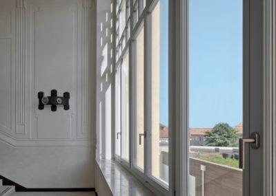 carretta serramenti realizzazione finestre in legno e alluminio collegio antonianum padova